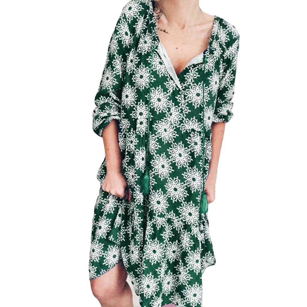 Snowflake Print V Neck Knee Length Dress