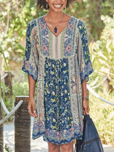 V Neck Half Sleeve Printed Bohemian Dress